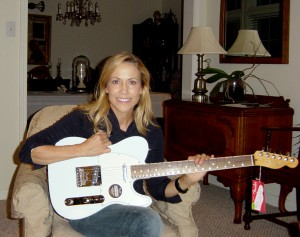 Sheryl Guitar 2016 011